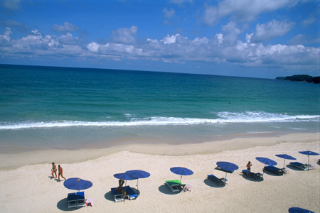 ชายหาดกมลา