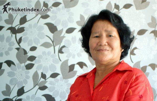 นางปราณี แพทย์ขิม - แม่ดีเด่นของจังหวัดภูเก็ต ประจำปี 2554