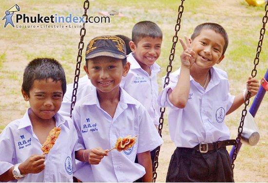 อาเซียนสัญจร 4 ภาค ส่งเสริมความรู้เยาวชน