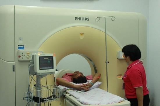 โรงพยาบาล อบจ.ภูเก็ต จัดกิจกรรมตรวจสุขภาพเฉลิมพระเกียรติ