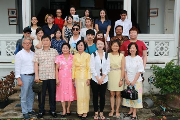 นักศึกษาจีน-เกาหลี เรียนรู้มวยไทย-อาหารไทยที่ภูเก็ต