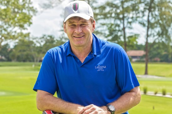 เซอร์ นิค ฟัลโด ตำนานนักกอล์ฟชาวอังกฤษเยือนสนามลากูน่าภูเก็ต กอล์ฟคลับ จัดคลินิคสอนกอล์ฟเยาวชนท้องถิ่น