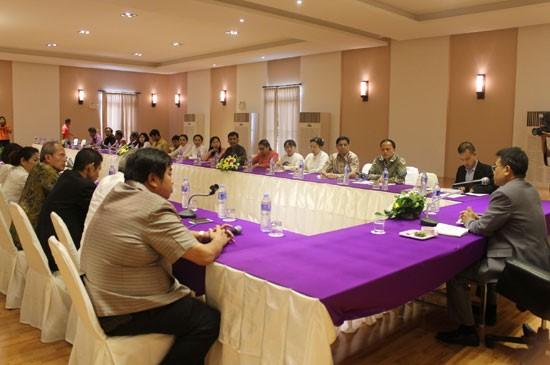 อบจ.ภูเก็ต ร่วมประชุมข้อราชการระหว่างอธิบดีกรมส่งเสริมการปกครองท้องถิ่นและผู้บริหารองค์กรปกครองส่วนท้องถิ่น