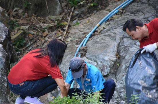 โรงแรมดีวาน่า รีสอร์ทแอนด์สปา ได้รับเกียรติเข้าร่วมทำความสะอาดพื้นที่บริเวณน้ำตกวังขี้อ้อน