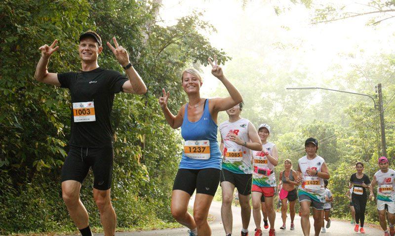 หนุ่ม-สาวเคนย่าครองแชมป์วิ่ง 10 ไมล์ที่ธัญญปุระภูเก็ต