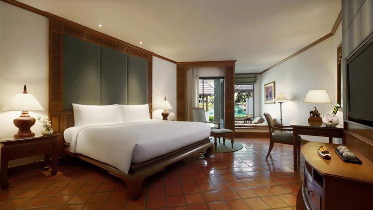 โรงแรมเจดับบลิว แมริออทภูเก็ต รีสอร์ท แอนด์ สปา รับรางวัลประกาศนียบัตรโรงแรมแนะนำยอดนิยม ประจำปี 2560 จาก HolidayCheck