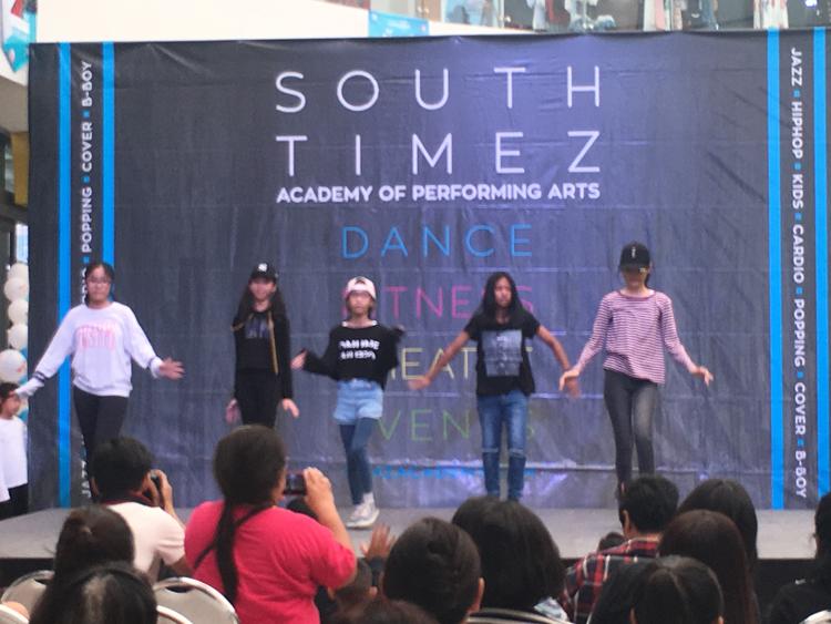 เปิด South Timez Academy ที่ศูนย์การค้าไลม์ไลท์อเวนิวภูเก็ตสอนเต้นทุกรูปแบบเต็มกำลัง