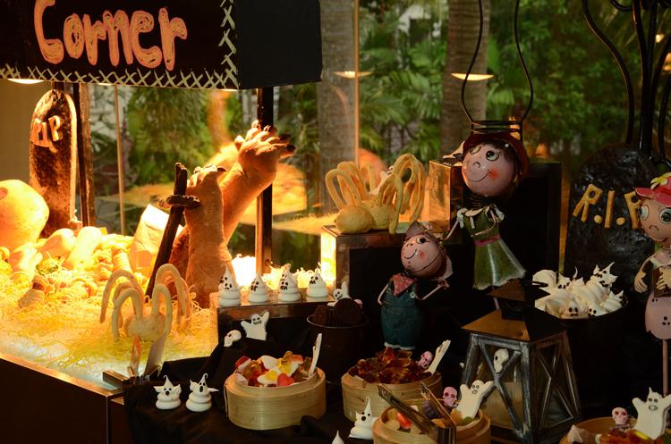 โรงแรมเจดับบลิว แมริออท ภูเก็ต รีสอร์ท แอนด์ สปา จัดกิจกรรมคืนหลอนโรงเรียนสอนเวทย์มนต์ เทศกาลวันฮาโลวีน 2560