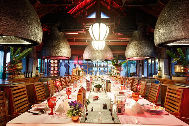 กินจ้า คุ้กส์ ห้องสอนทำอาหารของ โรงแรมเจดับบลิว แมริออท ภูเก็ต รีสอร์ท แอนด์ สปา