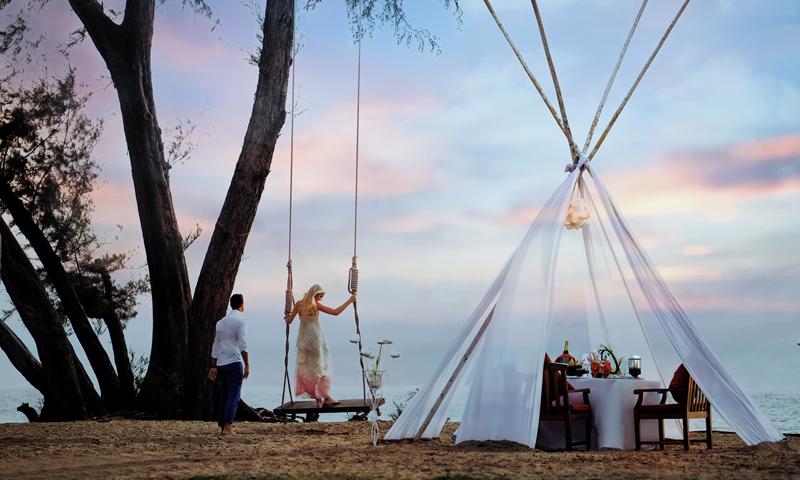 เฉลิมฉลองเทศกาลวันวาเลนไทน์ เดทไนท์ใต้แสงดาว ณ เจดับเบิ้ลยู แมริออท ภูเก็ต