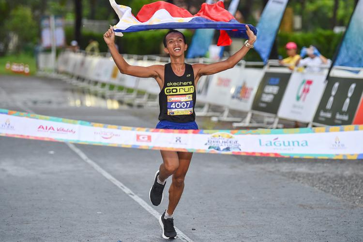 นักวิ่งกว่า 73 ประเทศทั่วโลกร่วมวิ่งมาราธอน ลากูน่า ภูเก็ต 2019 ภูเก็ตต้อนรับนักวิ่งกว่า 12,000 คน ทุบสถิตินักวิ่งเพิ่มขึ้นกว่า 33% จากปีที่ผ่านมา