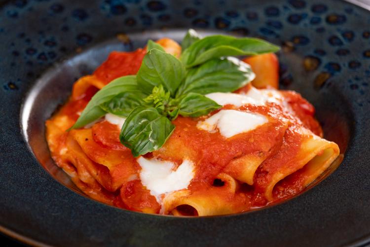 ลากริตต้าชวนชิมพาสต้าและชีสต้นตำรับความอร่อยสไตล์อิตาเลียน